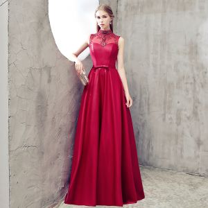 Modern / Fashion Burgundy Evening Dresses  2018 A-Line / Princess High Neck Charmeuse Backless Beading Rhinestone Evening Party Formal Dresses