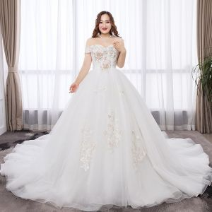 Chic / Beautiful White Plus Size Wedding Dresses 2019 A-Line / Princess Tulle Appliques Backless Rhinestone Strapless Chapel Train Wedding