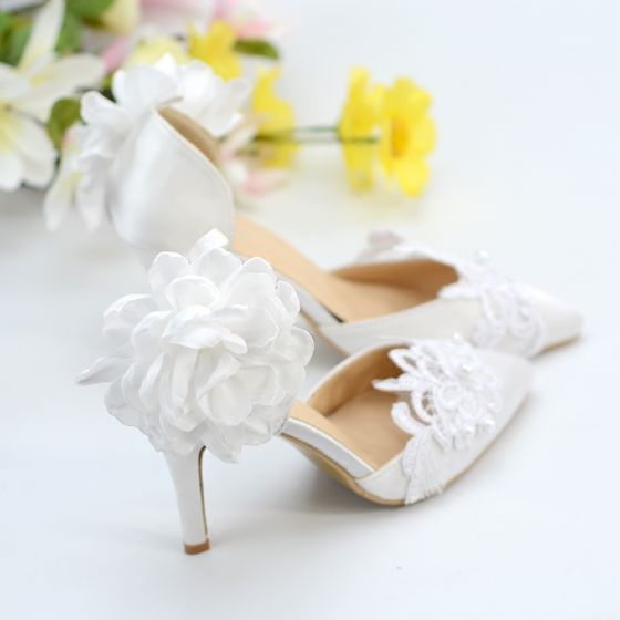 Classy Ivory Satin Lace Wedding Shoes 2020 Ankle Strap Flower Pearl 8 cm Stiletto Heels Pointed Toe Wedding Heels