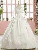 2016 Gorgeous Ball Gown V-neck Long Sleeves Applique Lace Backless White Satin Wedding Dress With 1 M Tailing