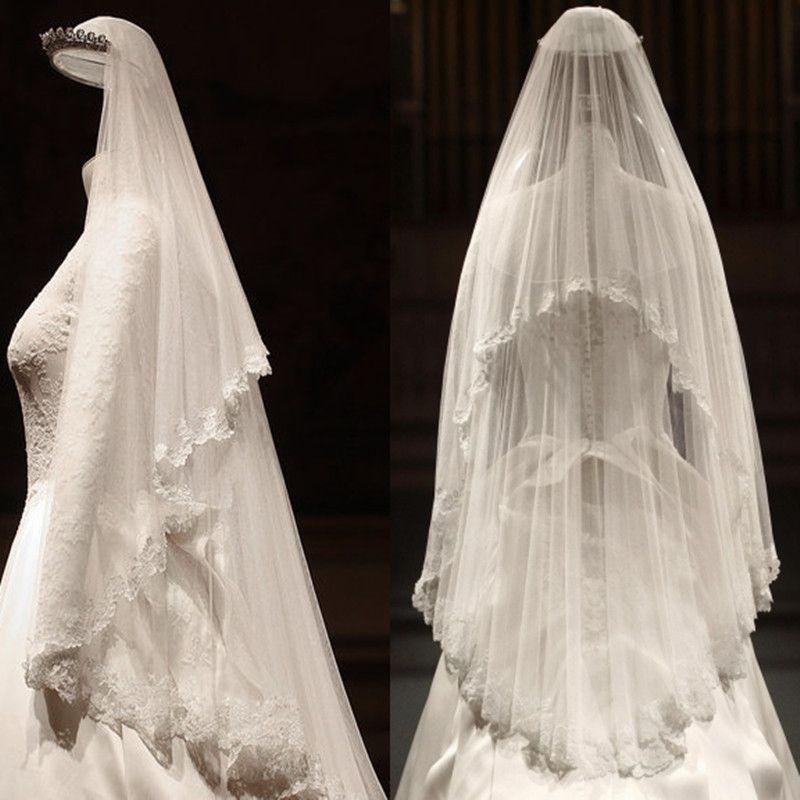 Luxury / Gorgeous 2017 White Appliques Tulle Lace Outdoor / Garden Wedding Veils