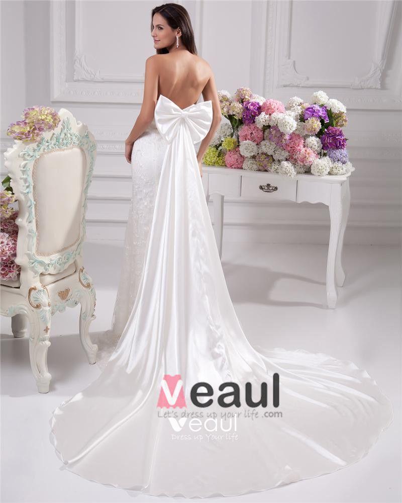 Elegant Beading Ruffles Sweetheart Floor Length Court Train Satin Yarn Sheath Wedding Dress