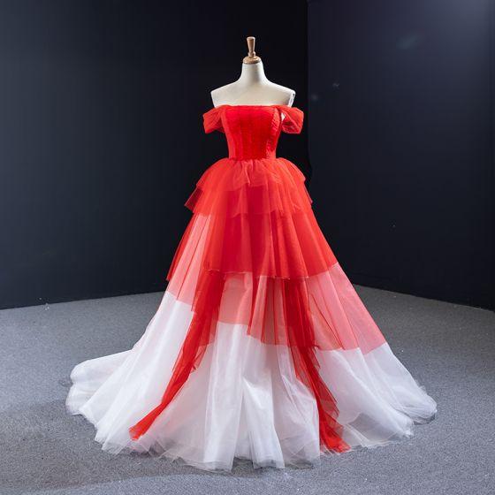 Zwei Töne Weiß Rot Hochzeits Brautkleider / Hochzeitskleider 2020 Ballkleid Off Shoulder Kurze Ärmel Rückenfreies Perlenstickerei Hof-Schleppe Rüschen