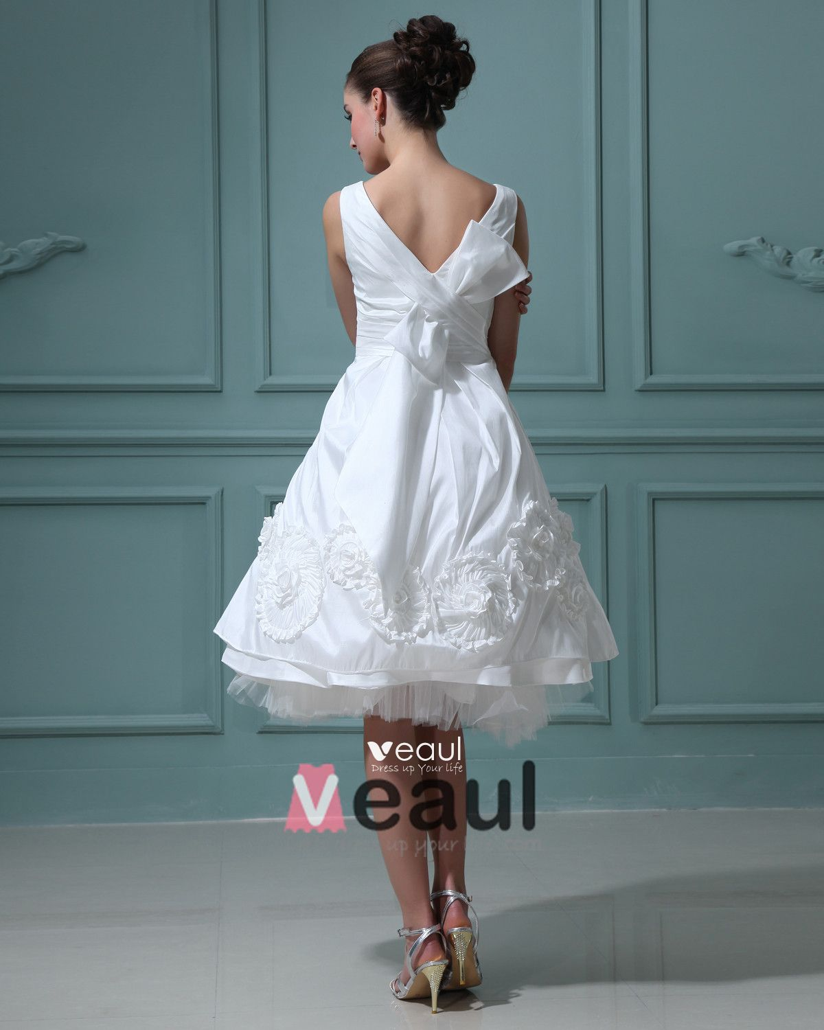V-Neck Taffeta Ruffles Flowers Short Mini Wedding Dresses
