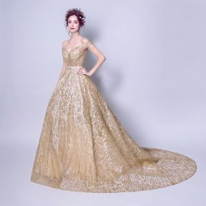 Luxury / Gorgeous A-Line / Princess Prom Dresses 2017 Gold Crossed Straps Appliques Backless Embroidered Pierced Ruffle Chapel Train Lace V-Neck Cocktail Party Sleeveless Evening Party