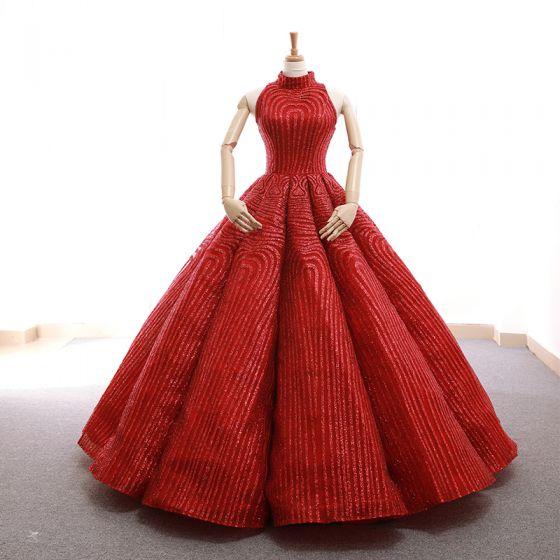 Luxus / Herrlich Rot Tanzen Ballkleider 2020 Ballkleid Stehkragen Ärmellos Glanz Polyester Lange Rüschen Rückenfreies Festliche Kleider