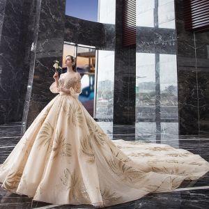 Atemberaubend Champagner Brautkleider / Hochzeitskleider 2019 Prinzessin Off Shoulder Geschwollenes 3/4 Ärmel Rückenfreies Perlenstickerei Glanz Tülle Königliche Schleppe Rüschen