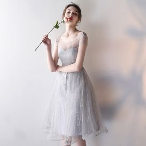 Modest / Simple Wedding Party Dresses 2017 Wedding Bridesmaid Dresses Silver A-Line / Princess Knee-Length Short Sleeve Scoop Neck Backless
