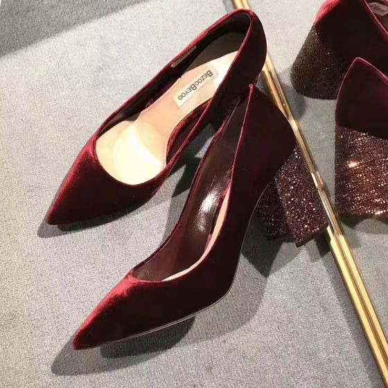 Snygga / Fina Burgundy Damskor 2018 Afton Läder Mocka Glittriga / Glitter 8 cm Stilettklackar Spetsiga Pumps