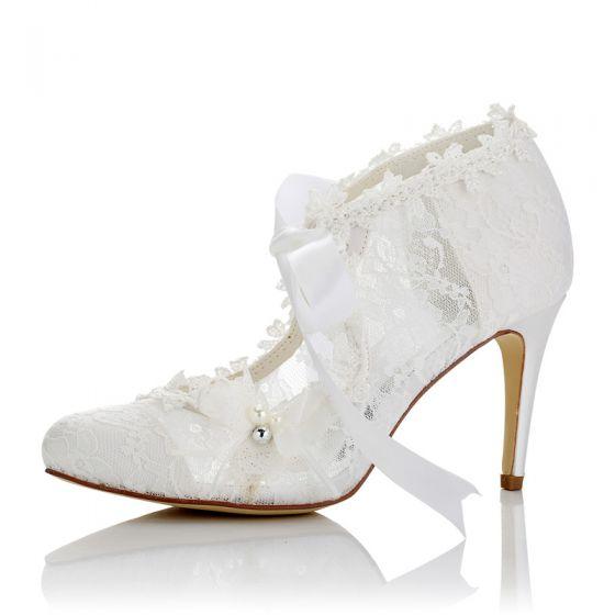 Elegant Ivory Satin Wedding Shoes 2021 Bow Pearl Lace Flower 8 cm Stiletto Heels Pointed Toe Wedding Pumps High Heels