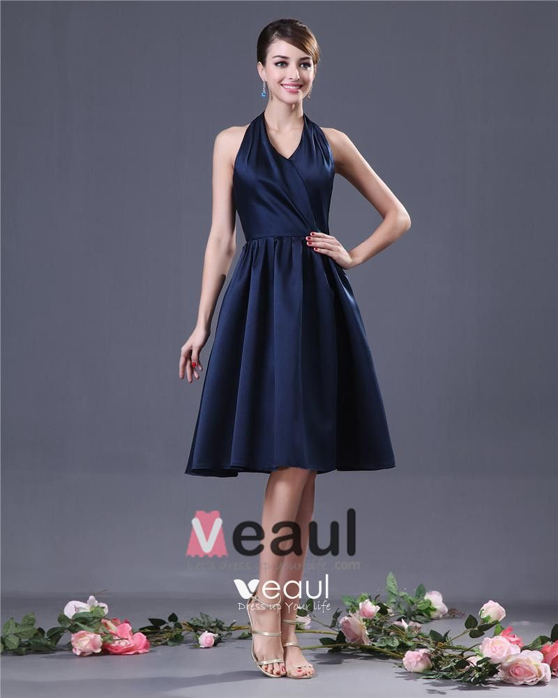 Sheath Halter Knee-Length Taffeta Bridesmaids Dresses