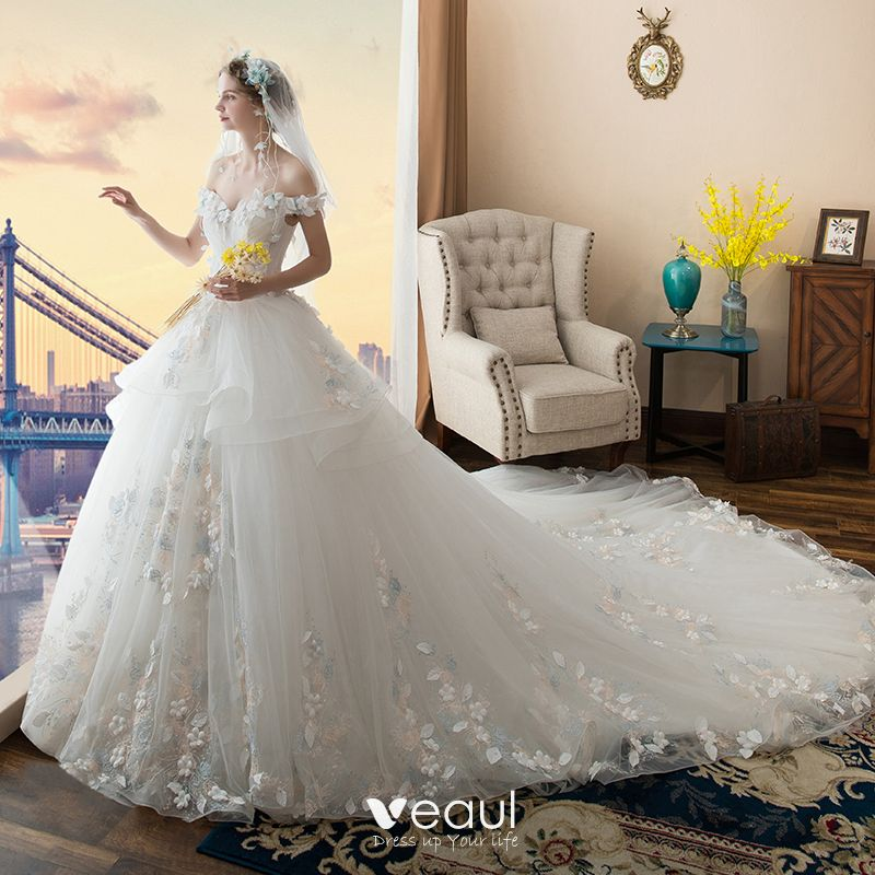 White Wedding Video: Chic / Beautiful White Wedding Dresses 2017 Ball Gown Off