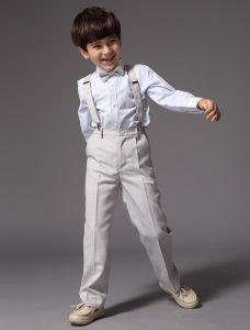 Shirt De Garçons Avec Un Pantalon Gris Les Costumes Pour Enfants 4 Sets