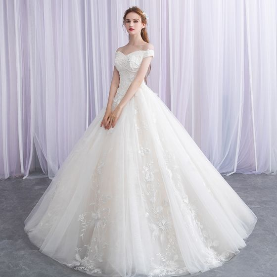 Elegant Ivory Wedding Dresses 2019 Ball Gown Off-The-Shoulder Beading Lace Appliques Short Sleeve Backless Floor-Length / Long