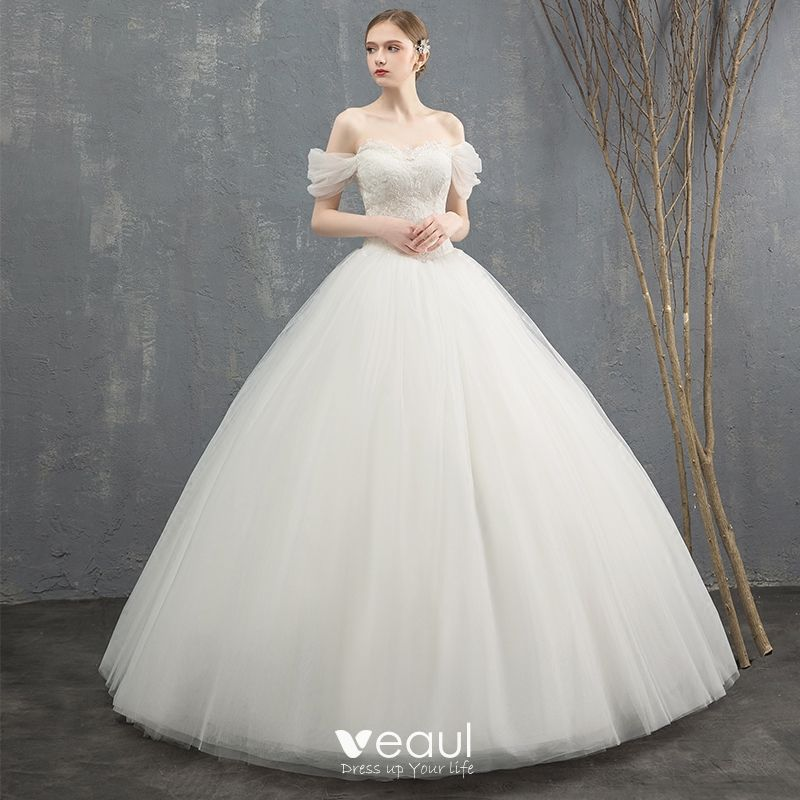 Elegant Ivory Wedding Dresses 2018 Ball Gown Lace Flower Off-The-Shoulder Backless Sleeveless Floor-Length / Long Wedding
