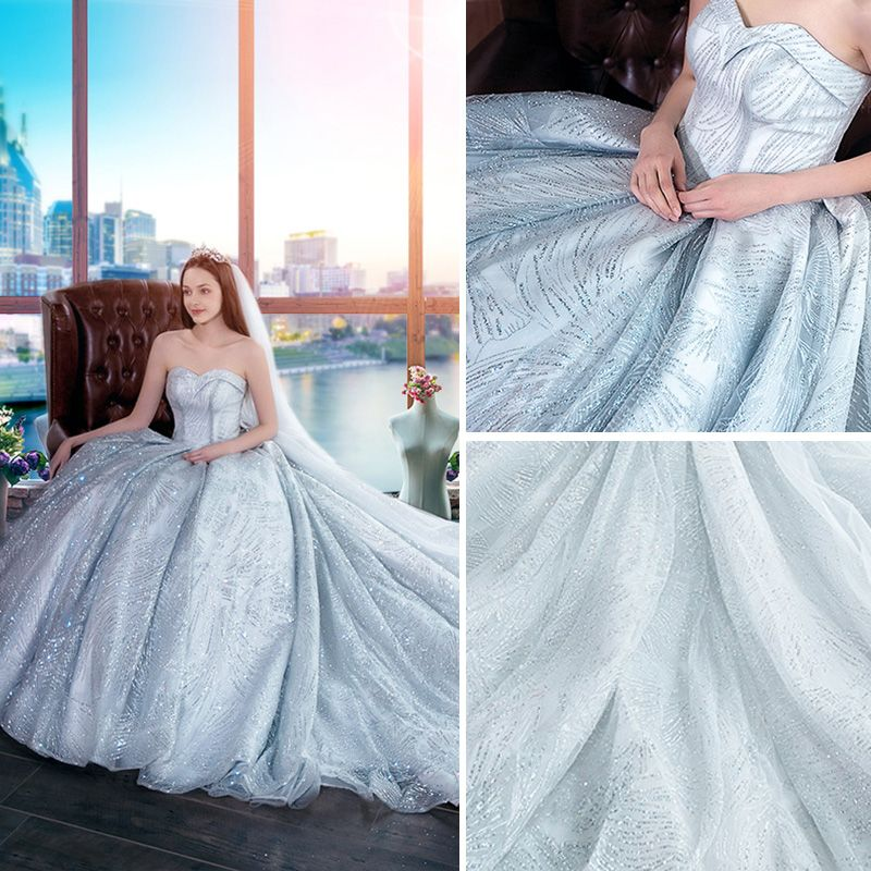 Luxus / Herrlich Silber Brautkleider / Hochzeitskleider 2018 A Linie Glanz Herz-Ausschnitt Rückenfreies Ärmellos Königliche Schleppe Hochzeit