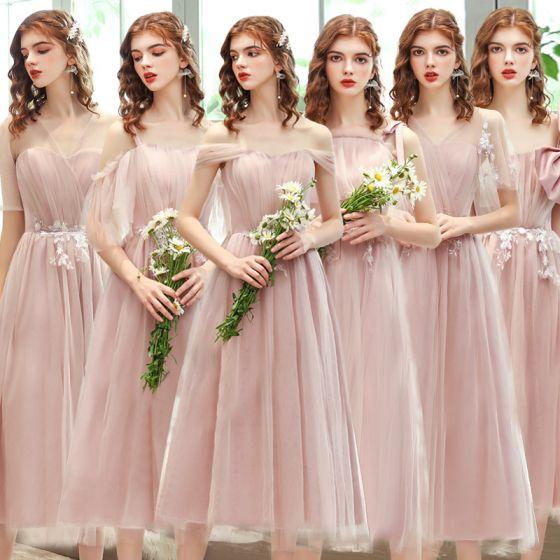 Abordable Rougissant Rose Robe Demoiselle D'honneur 2020 Princesse Dos Nu Appliques En Dentelle Thé Longueur Volants