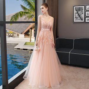 Schöne Abendkleider 2018 A Linie Mit Spitze Applikationen Stoffgürtel V-Ausschnitt Rückenfreies Ärmellos Lange Festliche Kleider