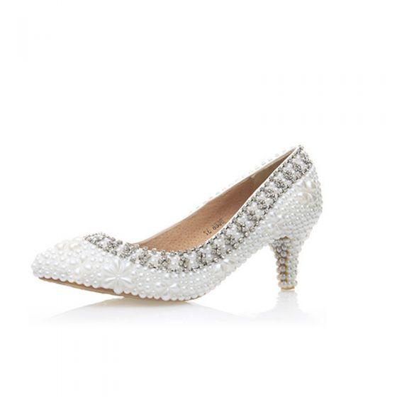Elegante Ivory / Creme Perle Strass Brautschuhe 2020 Leder 6 cm Stilettos Spitzschuh Hochzeit Pumps