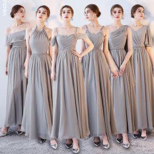 Schlicht Grau Chiffon Brautjungfernkleider 2018 A Linie Stoffgürtel Knöchellänge Rüschen Rückenfreies Kleider Für Hochzeit