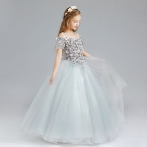 Chic / Beautiful Grey Flower Girl Dresses 2017 Ball Gown Off-The-Shoulder Short Sleeve Appliques Flower Floor-Length / Long Ruffle Wedding Party Dresses