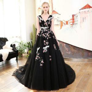 Piękne Czarne Sukienki Na Bal 2018 Princessa Haftowane V-Szyja Bez Pleców Bez Rękawów Trenem Sąd Sukienki Wizytowe