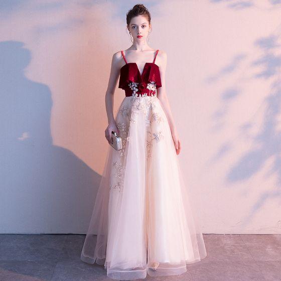 Piękne Szampan Sukienki Wieczorowe 2020 Princessa Spaghetti Pasy Bez Rękawów Aplikacje Z Koronki Długie Wzburzyć Bez Pleców Sukienki Wizytowe