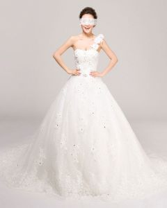 Une Epaule Perles Fleur De Longueur De Plancher Tulle Robe De Mariée En Ligne