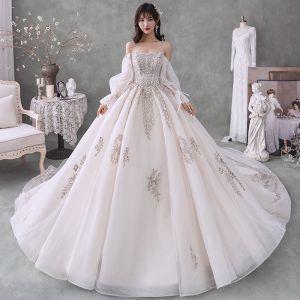 Luksusowe Kość Słoniowa Suknie Ślubne 2020 Suknia Balowa Przy Ramieniu Frezowanie Kryształ Cekiny Długie Rękawy Bez Pleców Trenem Królewski