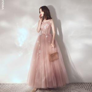 Elegant Perle Pink Selskabskjoler 2019 Prinsesse Spaghetti Straps Ærmeløs Applikationsbroderi Med Blonder Beading Glitter Tulle Lange Flæse Halterneck Kjoler