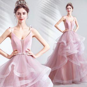 Sexy Rougissant Rose Robe De Soirée 2021 Robe Boule Bretelles Spaghetti Col v profond Sans Manches Perle Noeud Ceinture Dos Nu Tribunal Train Volants Robe De Ceremonie