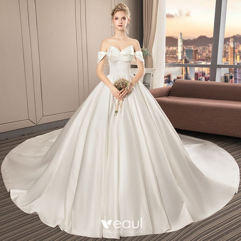 Modest / Simple Ivory Satin Wedding Dresses 2019 A-Line
