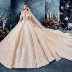 Best Champagne Wedding Dresses 2019 Ball Gown Spaghetti Straps Off-The-Shoulder Short Sleeve Backless Glitter Tulle Appliques Lace Beading Royal Train Ruffle