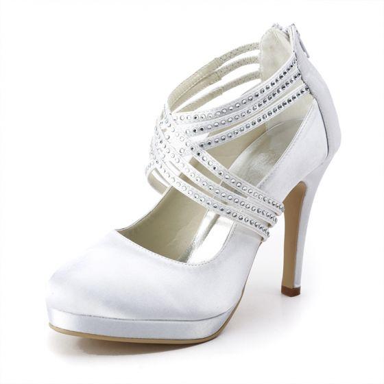 Attachez Chaussures A Talons Hauts Chaussures De Mode De Mariage De Satin Blanc Chaussures De Noce