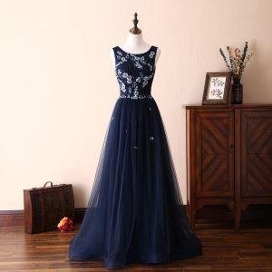 Piękne Granatowe Sukienki Na Bal 2018 Princessa Z Koronki Aplikacje Perła Kryształ U-Szyja Bez Pleców Bez Rękawów Długie Sukienki Wizytowe