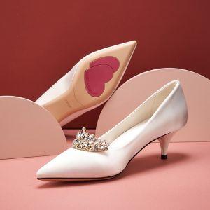 Elegante Ivory / Creme Satin Brautschuhe 2020 Strass 5 cm Stilettos Spitzschuh Hochzeit Pumps