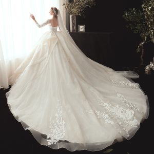 Best Champagne Wedding Dresses 2020 Ball Gown V-Neck 3/4 Sleeve Backless Appliques Lace Beading Pearl Chapel Train Ruffle