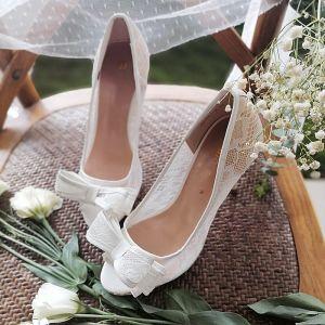 Eleganta Vita Spets Blomma Rosett Brudskor 2020 8 cm Stilettklackar Spetsiga Bröllop Pumps