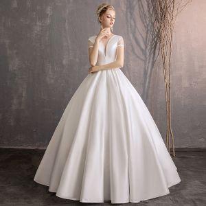 Proste / Simple Kość Słoniowa Suknie Ślubne 2019 Suknia Balowa Wycięciem Kótkie Rękawy Bez Pleców Długie
