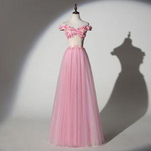 Schöne Pink Ballkleider 2019 A Linie Off Shoulder Perlenstickerei Perle Spitze Blumen Applikationen Kurze Ärmel Rückenfreies Lange Festliche Kleider