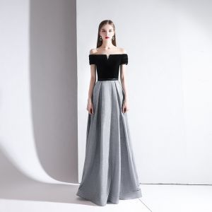 Classy Grey Evening Dresses  2020 A-Line / Princess Off-The-Shoulder Suede Short Sleeve Backless Floor-Length / Long Formal Dresses