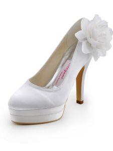 Les Nouvelles Chaussures A Talons Hauts Impermeables Fleurs A La Main Des Chaussures De Mariée Mariage