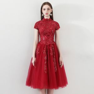 Bling Bling Red Homecoming Graduation Dresses 2018 A-Line / Princess High Neck Short Sleeve Appliques Lace Glitter Sequins Tea-length Ruffle Backless Formal Dresses