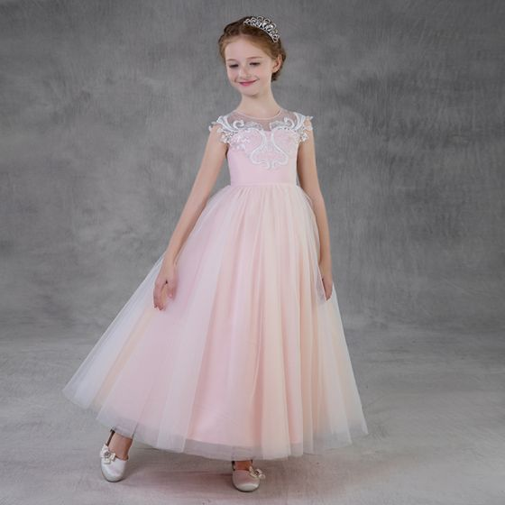 Piękne Rumieniąc Różowy Przezroczyste Sukienki Dla Dziewczynek 2018 Princessa Wycięciem Bez Rękawów Aplikacje Z Koronki Długie Wzburzyć Sukienki Na Wesele