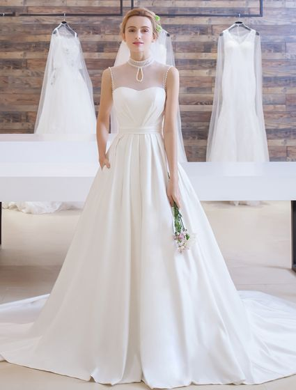 Elegant Wedding Dress 2016 A-line Beading High Pearl Neck Ruffle Satin Bridal Gown With Long Train