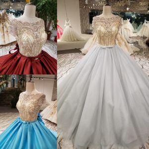 Sparkly Vintage / Retro Grey Handmade  Beading Prom Dresses 2019 Ball Gown Scoop Neck Crystal Pearl Sequins Short Sleeve Backless Bow Cathedral Train Formal Dresses