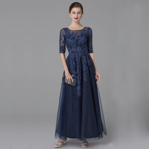 Classic Elegant Mother Of The Bride Dresses 2020 Floor-Length / Long A-Line / Princess U-Neck 1/2 Sleeves Navy Blue Backless Embroidered Wedding Evening Party Wedding Party Dresses