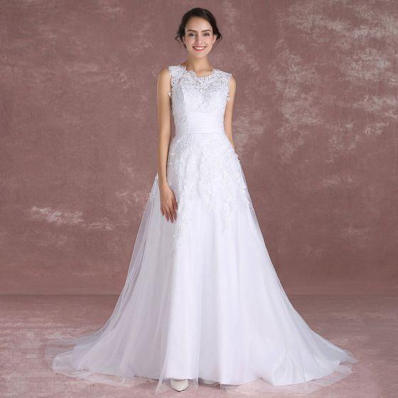 Eleganckie Białe Suknie Ślubne 2018 Princessa Wycięciem Bez Rękawów Aplikacje Z Koronki Szarfa odpinany Trenem Sąd