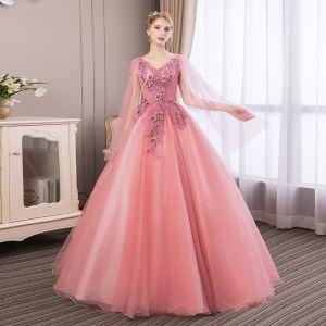 Abordable Rose Bonbon Robe De Bal 2018 Robe Boule En Dentelle Fleur Appliques Perle Faux Diamant V-Cou Dos Nu Manches Longues Longue Robe De Ceremonie