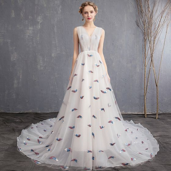 Chic / Beautiful Ivory Beach Wedding Dresses 2019 A-Line / Princess V-Neck Sleeveless Embroidered Court Train